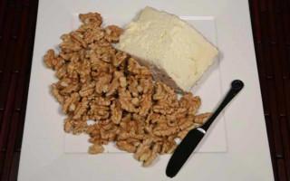 Walnuts, the Natural Cracker